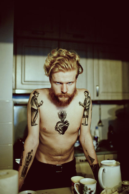 Barbe + tatouage = yummy
