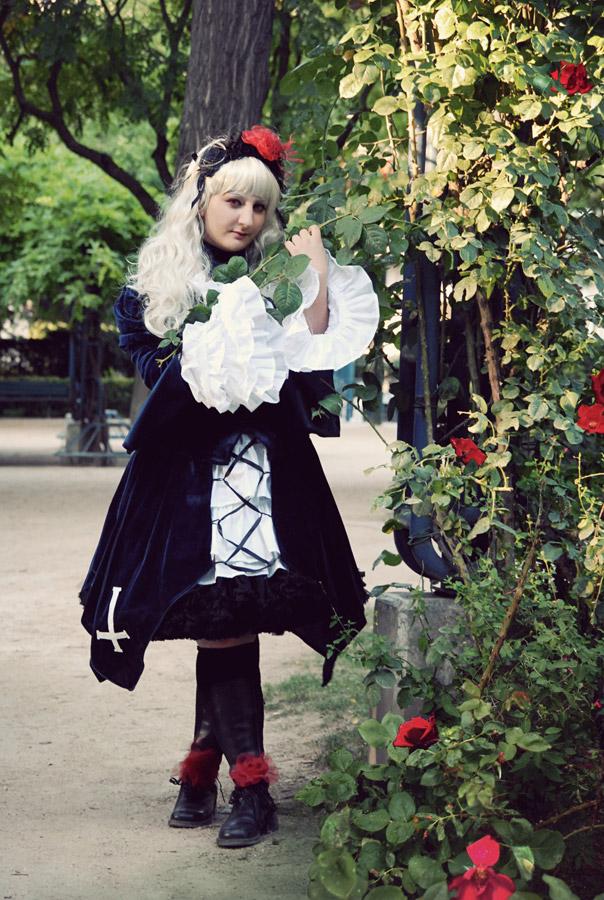 Coralie déguisée en Singintou de Rozen Maiden