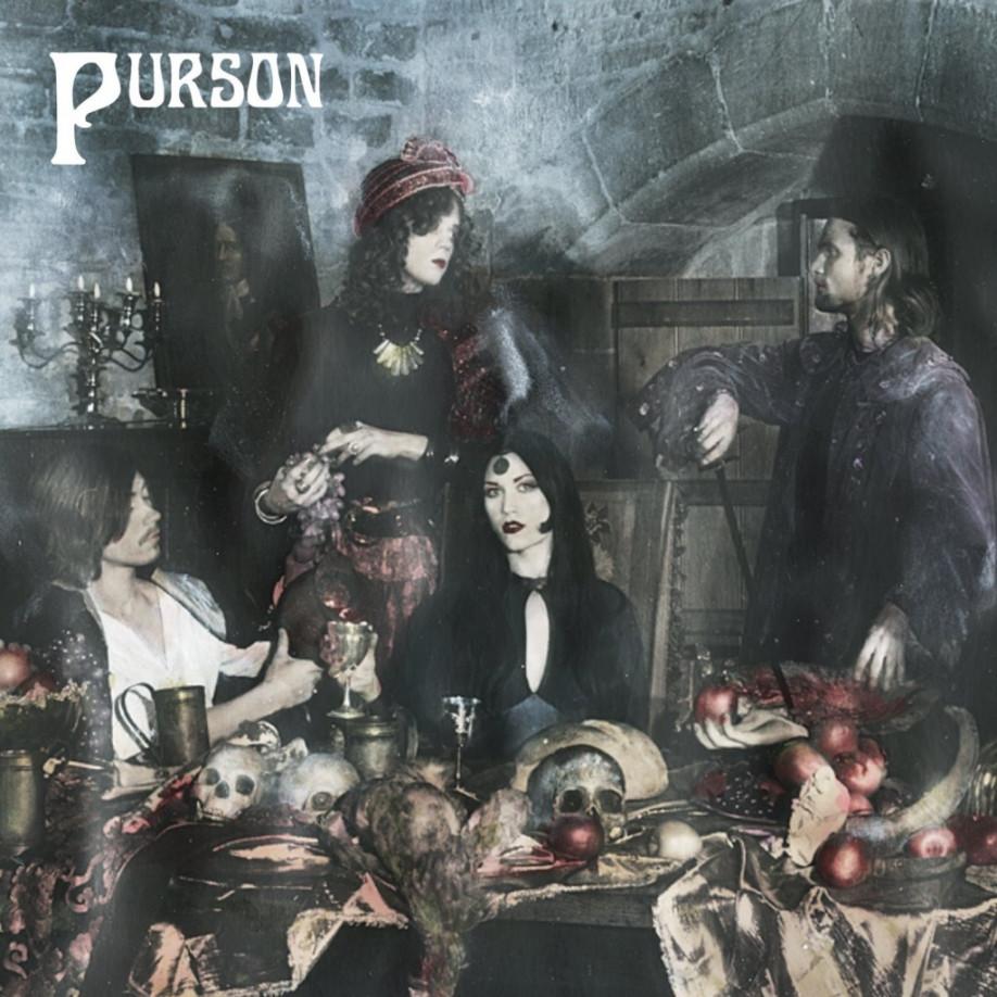 «The Circle and the Blue Door» de Purson
