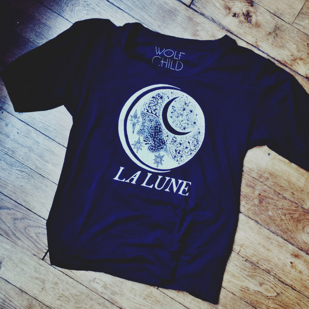 T-shirt WolfChild Designs