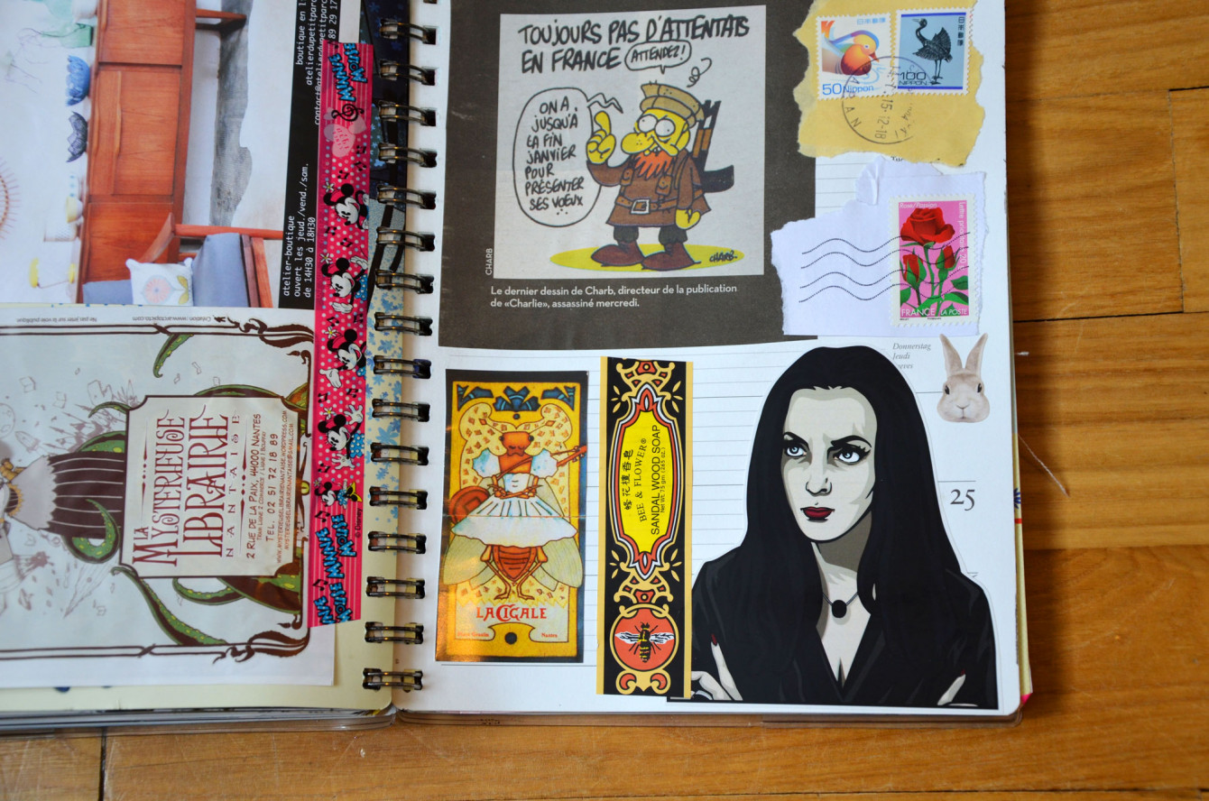 J'adore ces stickers « Ladies of Darkness » dessinés par Sabrina Parolin !