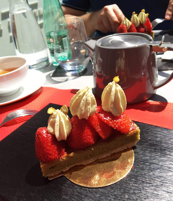 Gâteau fraise et pistache chez Thé Où