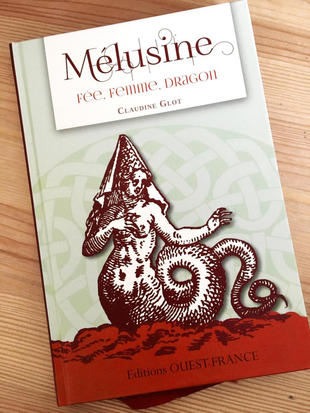 Un super petit livre sur Mélusine