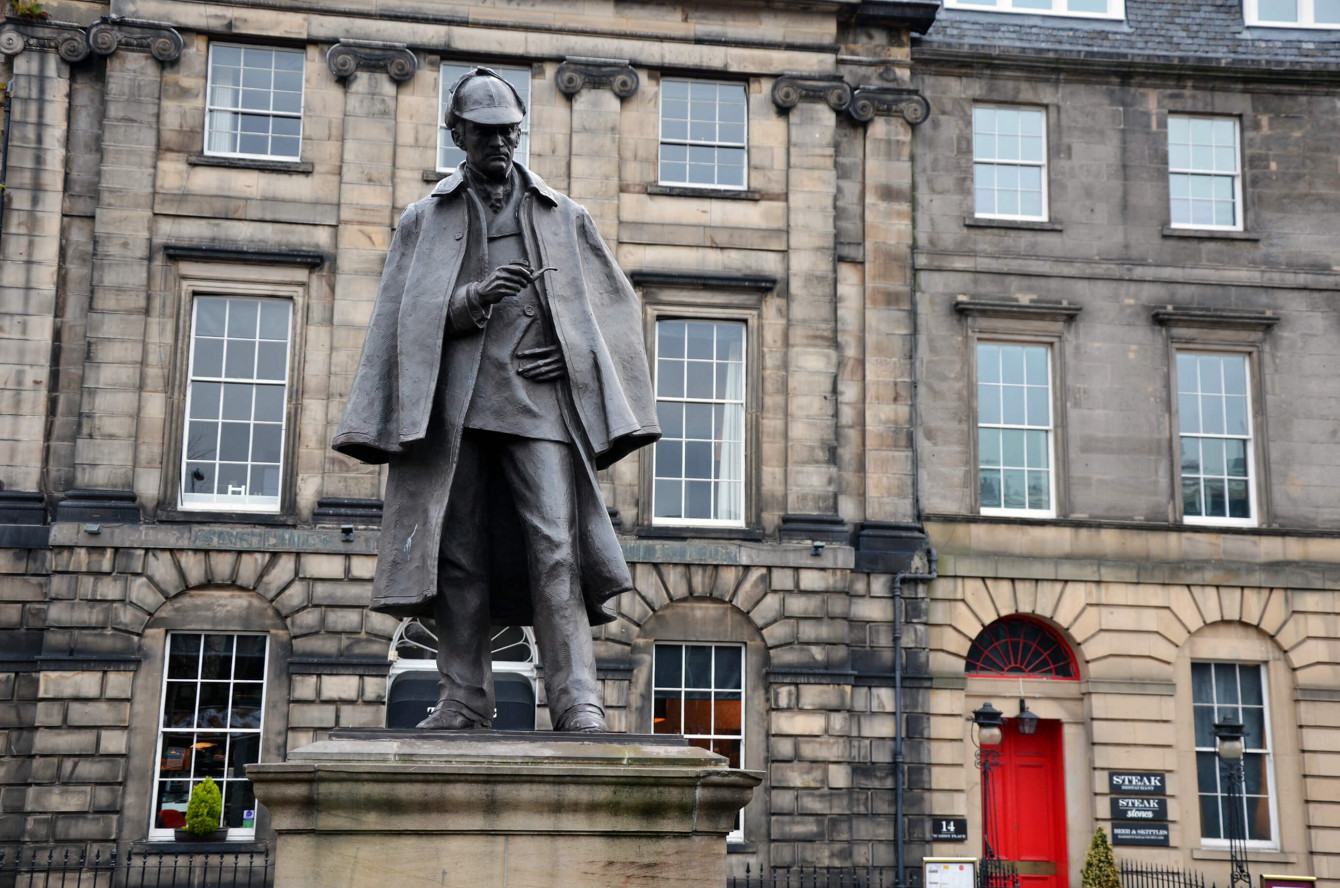 La statue de Sherlock Holmes