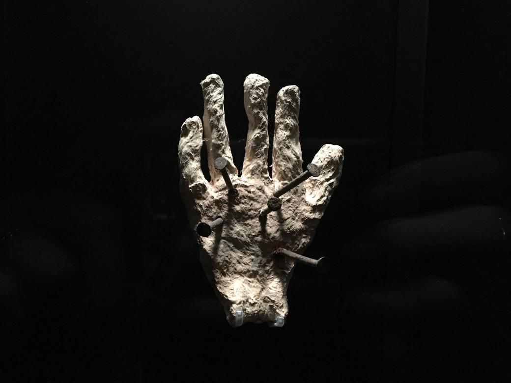 Enclouage d'une main
